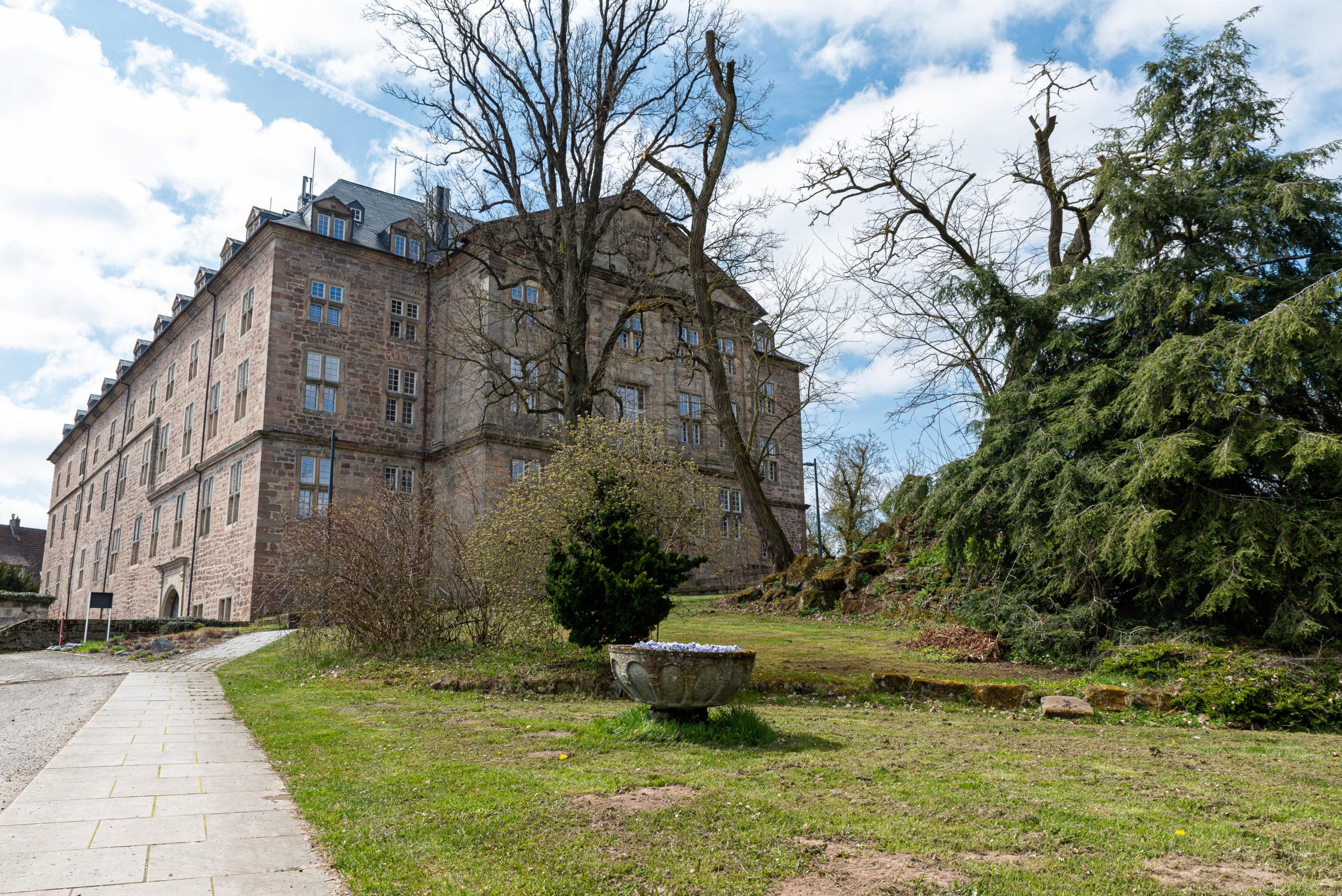 Burg, Schloss